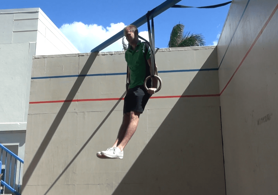 Snap Pull Ring Muscle Up